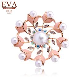 EVA颐娲 高端胸针品牌 奢华时尚晚宴首饰 高贵珍珠镂空披肩扣 复古胸针 5855