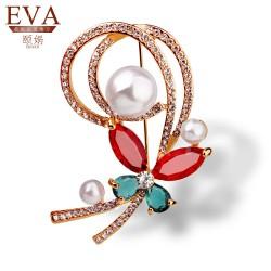 EVA颐娲 高端胸针品牌 韩版时尚 精致锆石水晶高档胸针女 珍珠胸花 5866