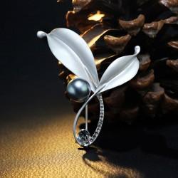 EVA颐娲 高端服装配饰品牌 韩国简约水晶树叶珍珠胸针别针开衫 女 6428-50