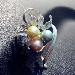 EVA颐娲 韩国气质百搭水晶珍珠花卉叶子胸针 高档别针 女 6441-59