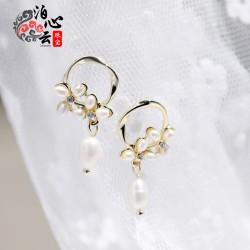 泊心云 流行小香风系925银针耳扣巴洛克淡水珍珠垂挂知性又优雅 B014-90